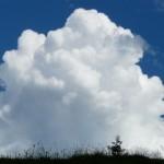 入道雲の大きさやその発生条件について。積乱雲との違いは?